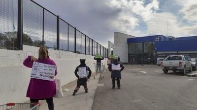Docentes se manifestaron exigiendo el pago de salarios