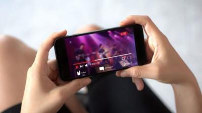 Cobrarían derechos a músicos por recitales vía streaming