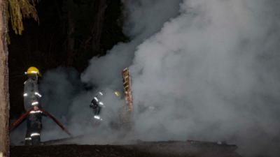 Quemaron una cabaña en Río Negro y piden intervención nacional