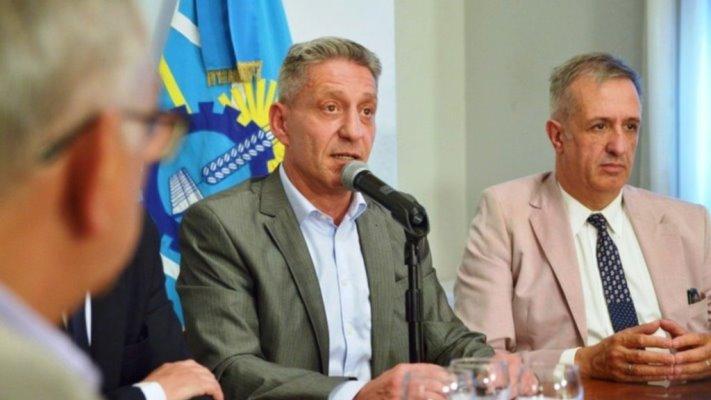 Deuda, salarios e impuestos en la agenda entre Chubut y Nación