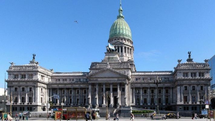 El Gobierno habilitó al Congreso a debatir modificaciones en el Calendario Electoral