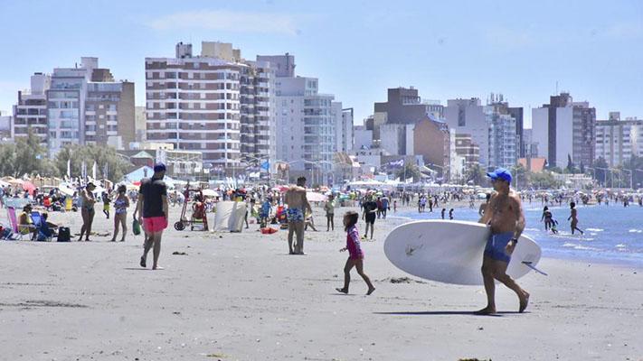 Madryn: Más de 30 mil turistas llegaron desde el inicio de la temporada de verano