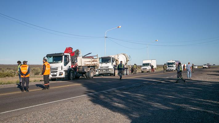 Exhaustivos controles en transportes de cargas y pasajeros sobre ruta 25