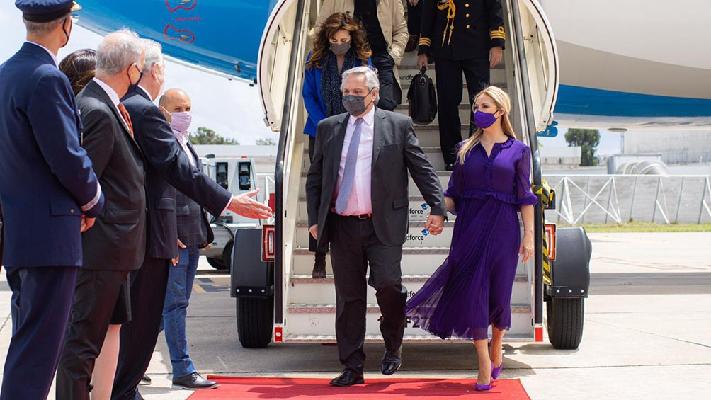 El Presidente llegó a Lisboa y se reúne con su par de Portugal