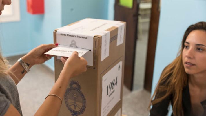 No habilitarían más de ocho mesas de votación por escuela en las elecciones legislativas
