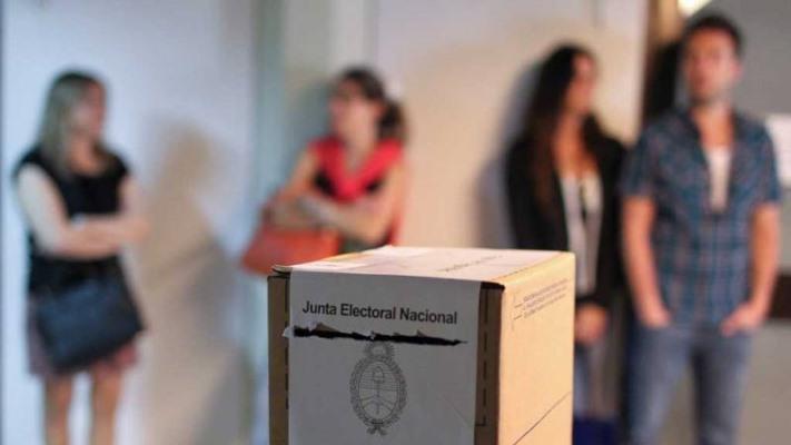 PASO: el Gobierno pedirá a los enfermos de Covid-19 que «no vayan a votar»