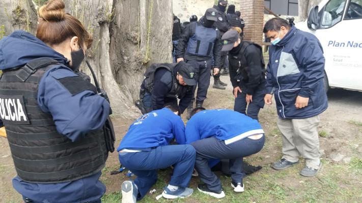 Esquel: Batalla campal durante asamblea de SOyEAP terminó con detenidos y policías heridos