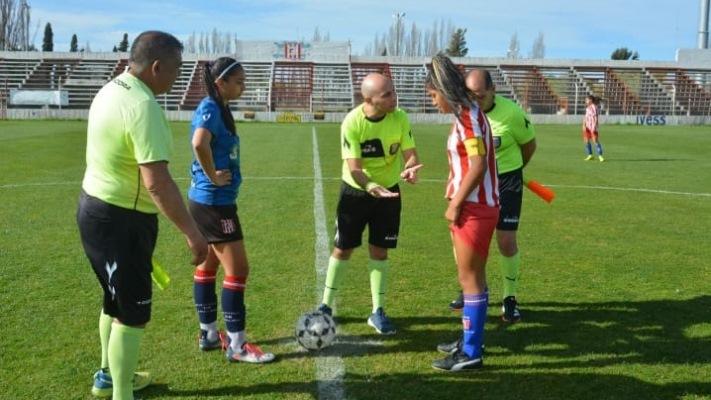 AFO enfrenta a Racing Club e Independiente de Trelew a Defensores del Parque