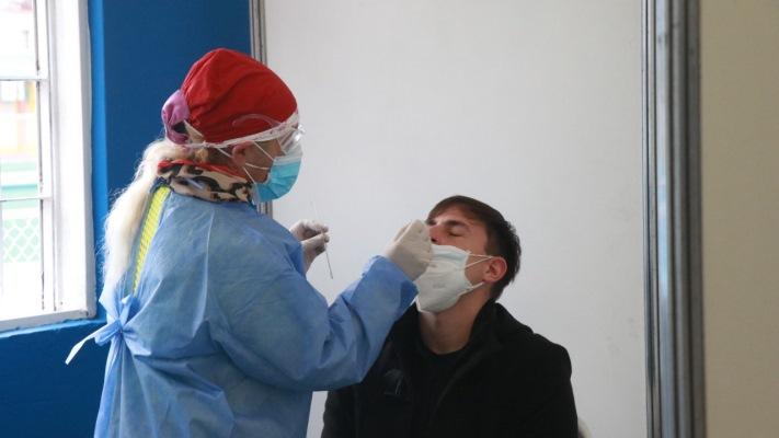 Coronavirus en Argentina: sigue en baja el promedio de nuevos casos diarios